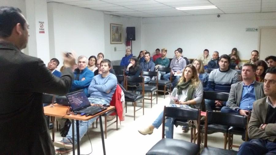 Disertación Martín Urquizo de OCA sobre logística en Comercio Electrónico